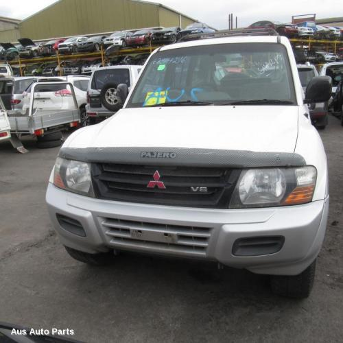Mitsubishi Pajero Used Left Taillight