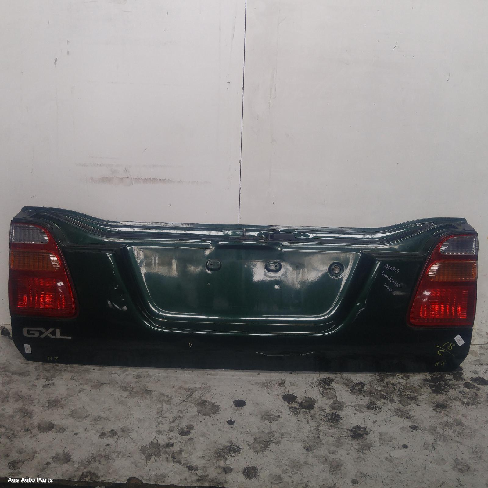 #101894, Used bootlid/tailgate for 2002 landcruiser| 100 series, lower  tailgate, 12/98-10/07