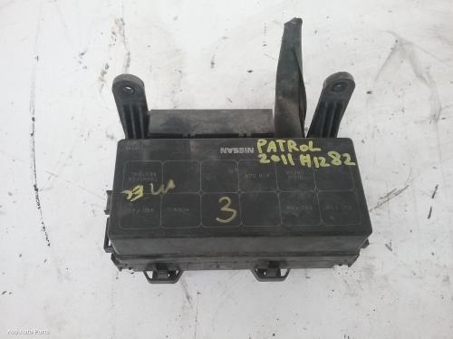 18017 Used Fuse Box For 2011 Patrol Engine Bay Y61 Gu 12 97